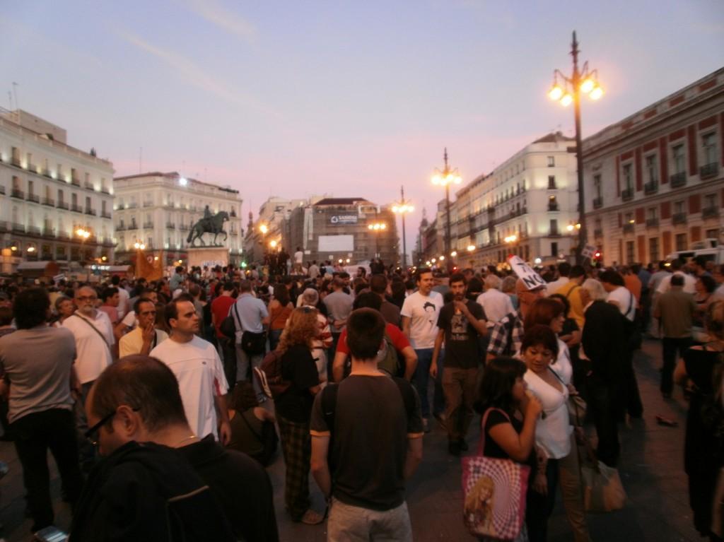 Indignados Se Reunieron En Puerta Del Sol Ahora Por El