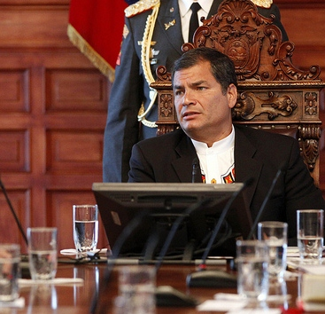 Ecuador: Correa no asistirá a cumbre de la OEA