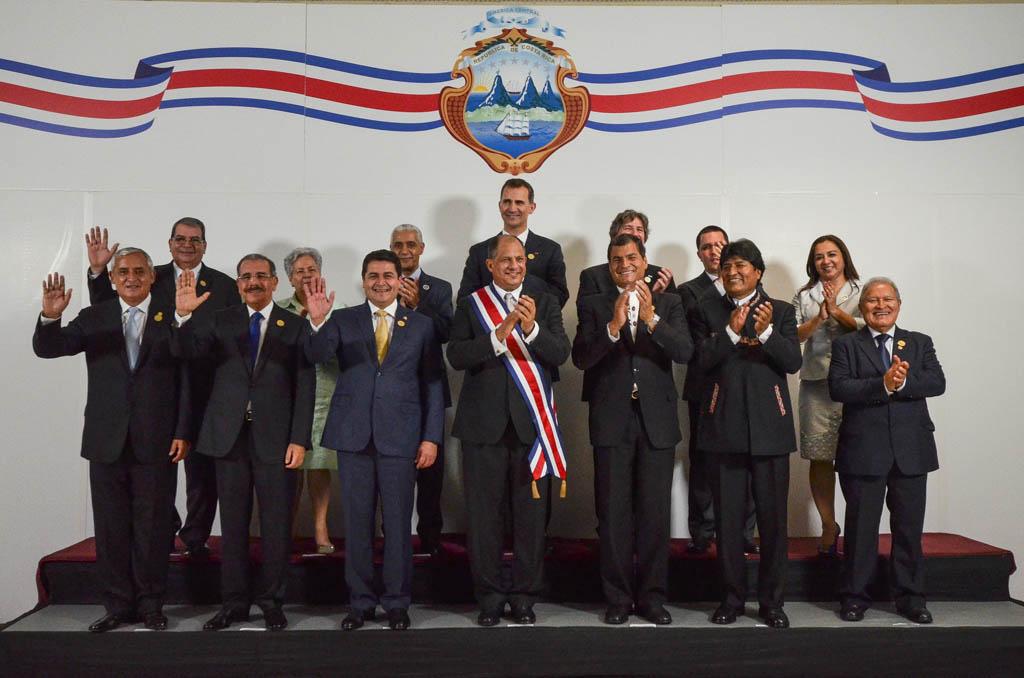Asume el nuevo presidente de Costa Rica