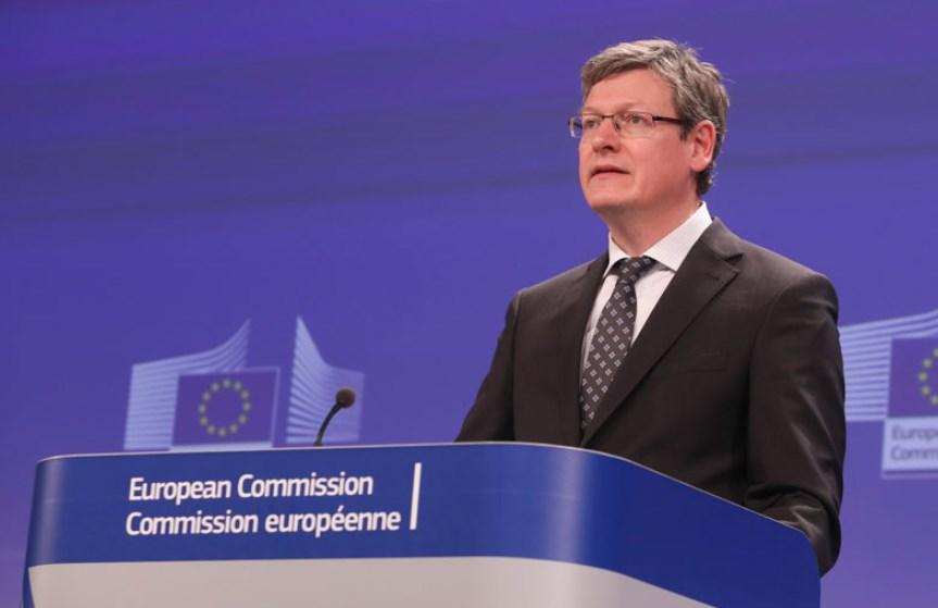 Empleo en la UE: informe revela que los menos cualificados casi no tienen acceso a un trabajo
