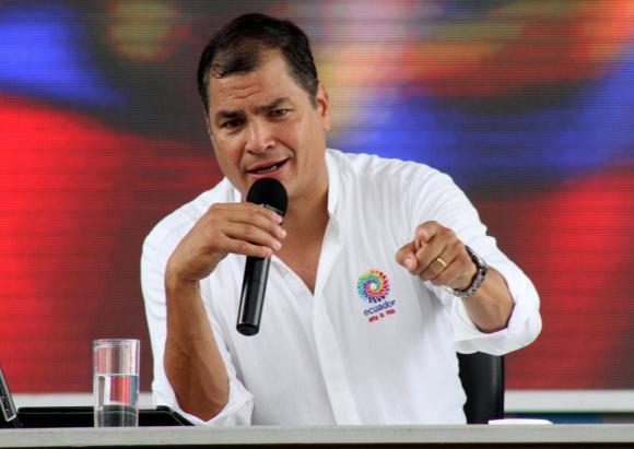 Correa alerta sobre movilizaciones desestabilizadoras de militares en servicio pasivo