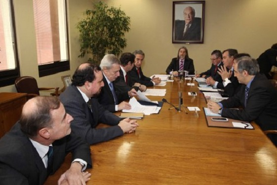 """Chile considera que actitud de Perú sobre límites es """"provocadora y de poca amistad"""""""