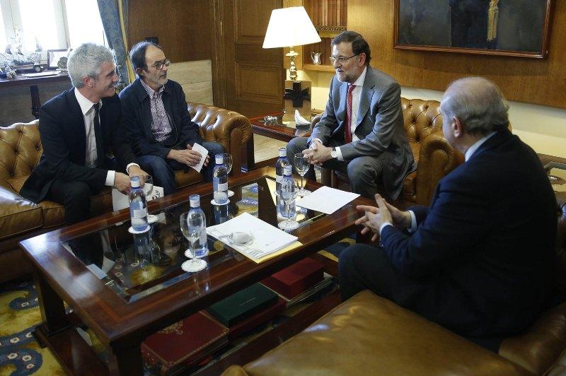 Gobierno español se reúne con la familia del joven vasco desaparecido en Bélgica en 2013