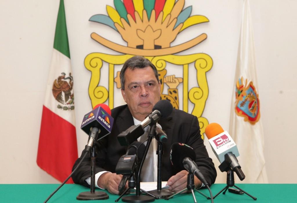 México: gobernador de Guerrero deja el cargo por el caso de los estudiantes desaparecidos