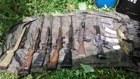 Ejército ecuatoriano realiza nuevo decomiso de material explosivo en la frontera con Colombia