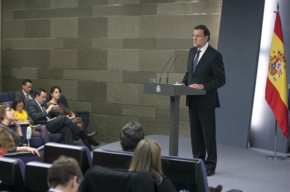 """Rajoy dice que el 9N confirma que """"hay muchos más catalanes que independentistas"""""""