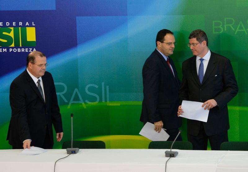 Brasil presenta el nuevo equipo económico del gobierno de Rousseff