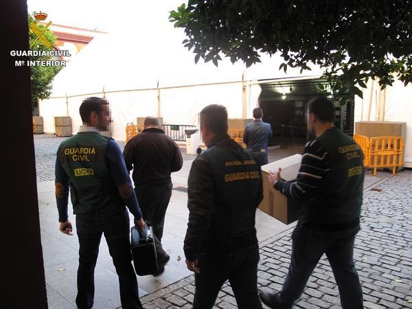 España: desarticulan grupo criminal dedicado a fraudes en contratos públicos