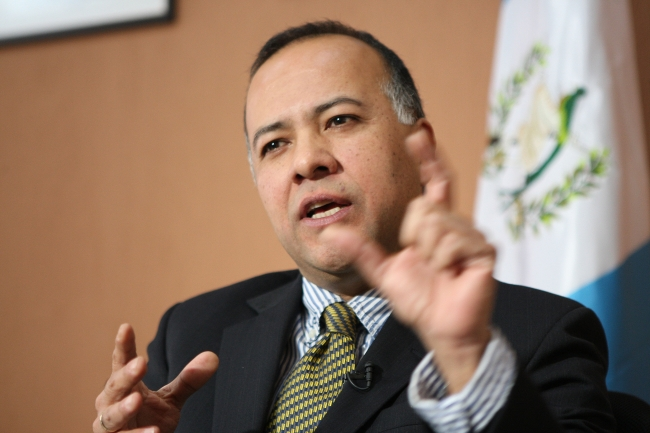Guatemala destaca programas de inserción social