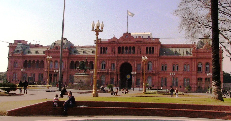 """Gobierno argentino rechaza """"intromisión indebida"""" de EEUU por el caso Nisman"""