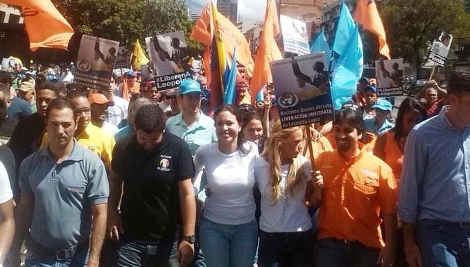 Corina Machado: 'Maduro, es hora de colocarte a un lado para avanzar en la transición en paz'