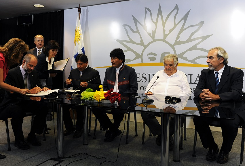 Evo Morales agradece que Uruguay le ofrezca una salida al mar en el puerto de Rocha