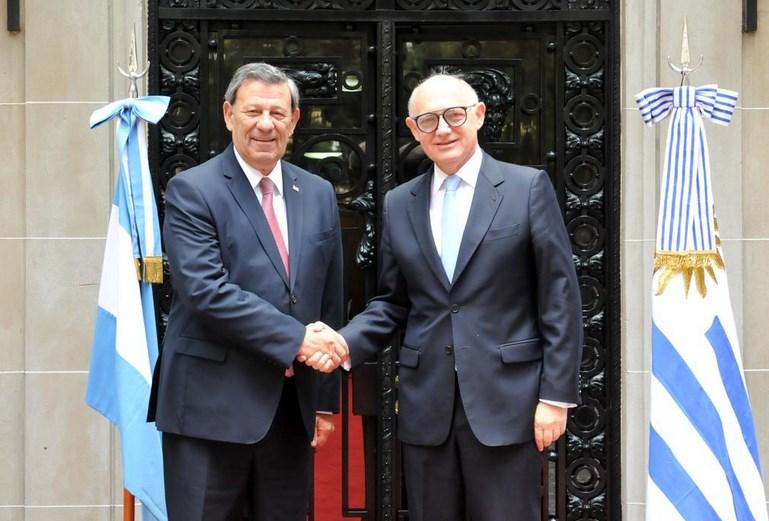 Primera reunión de Timerman con el nuevo canciller de Uruguay, Nin Novoa