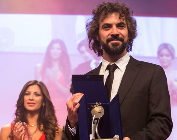 Mr. Kaplan premiada en Montecarlo; recoge elogios de la prensa en su estreno en Brasil