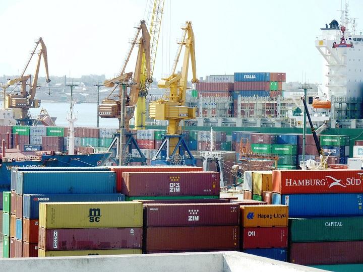 FMI analiza cómo aprovechar el comercio internacional para promover el crecimiento