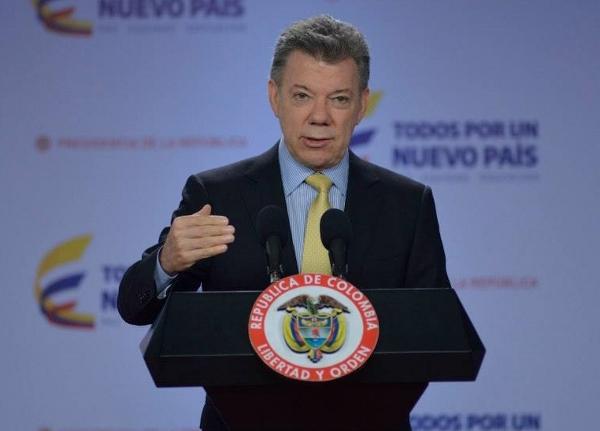 """Santos: """"logramos que más de la mitad de los colombianos tenga un trabajo formal"""""""