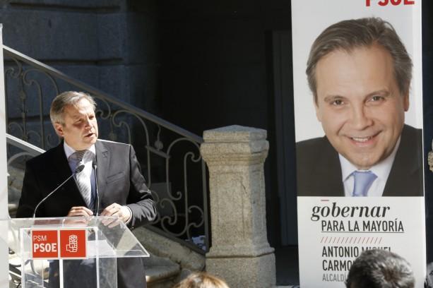 El PSOE quiere dar un DNI municipal en Madrid a emigrantes sin papeles