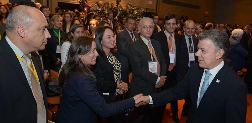 Santos asegura que a pesar de la tempestades seguirá buscando la paz para Colombia