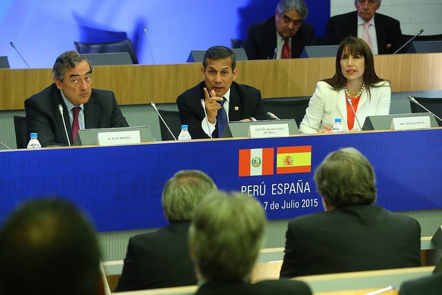 Humala insta a pequeñas y medianas empresas españolas a invertir en Perú