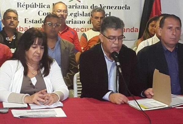 Elías Jaua, el político que no existe arremete contra la OEA