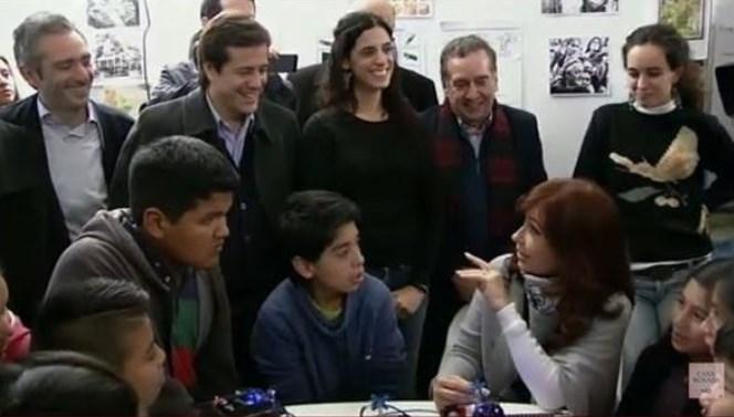 Comunidad judía critica a Cristina Kirchner por recomendar leer al 'antisemita' Shakespeare