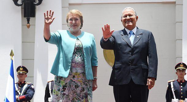 Chile y El Salvador firman convenios de cooperación y desarrollo