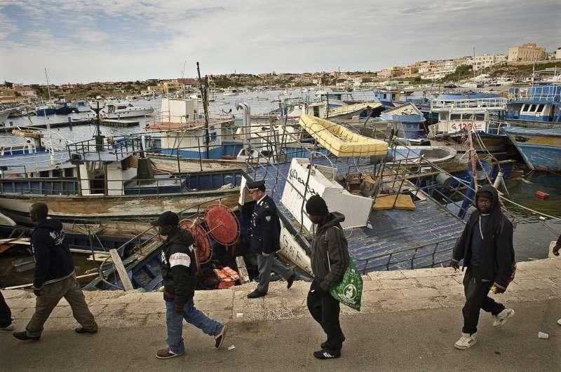 ACNUR pide más centros de acogida en Europa para hacer frente a la crisis de refugiados