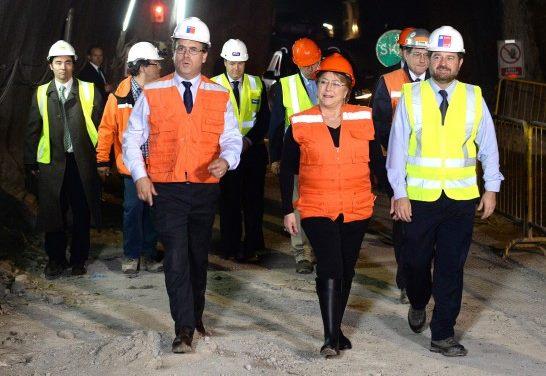 Bachelet asegura que seguirá trabajando con el sector privado para dinamizar la economía