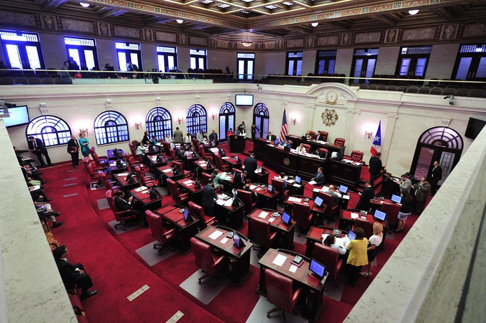 El español ha vuelto a ser la primera lengua oficial de Puerto Rico