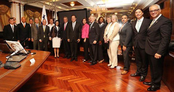 Panamá y EE.UU fortalecen relaciones comerciales e inversiones