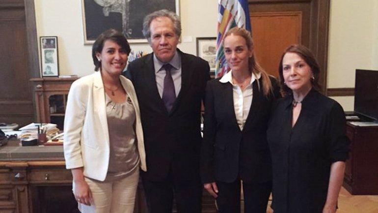 La OEA recibe a los esposas de los líderes opositores al régimen chavista