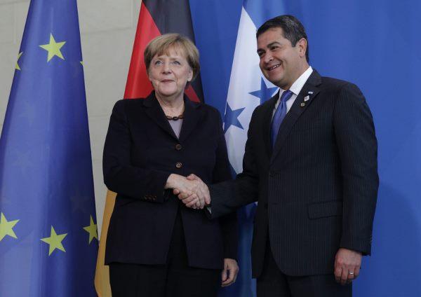 Honduras y Alemania instan a países a enfrentar de forma conjunta crisis migratoria