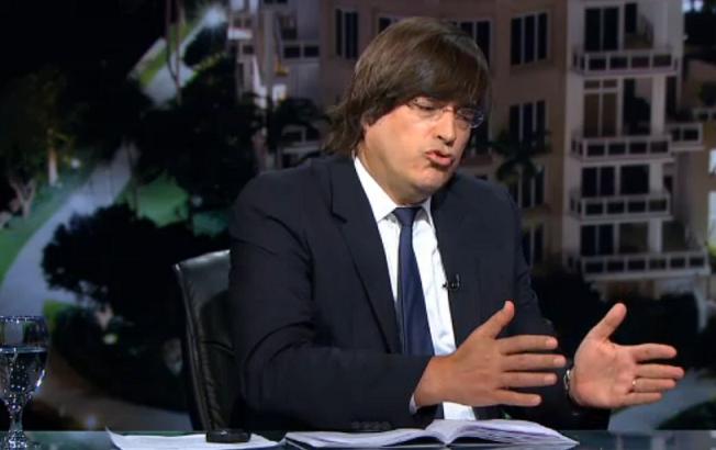 El periodista Jaime Bayly califica de 'pusilánime' y 'bobo' al presidente de Panamá