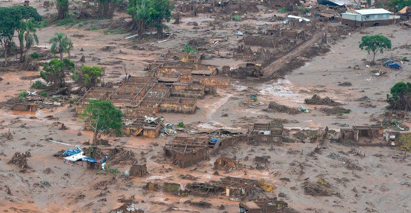 El lodo continúa desplazándose hacía otra localidad (Foto: Agencia Brasil)