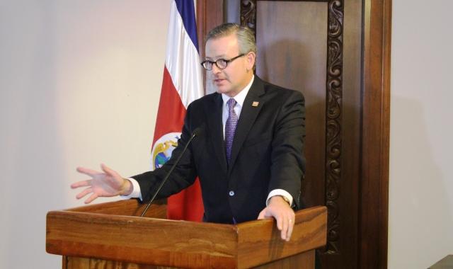 Costa Rica presenta política de cooperación Internacional 2014-2022