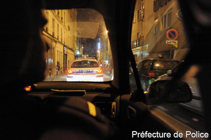 El gobierno ha desplegado a todas la fuerzas policiales en la capital francesa