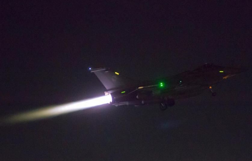Nuevo ataque de Francia destruye bastiones de los terroristas en Siria