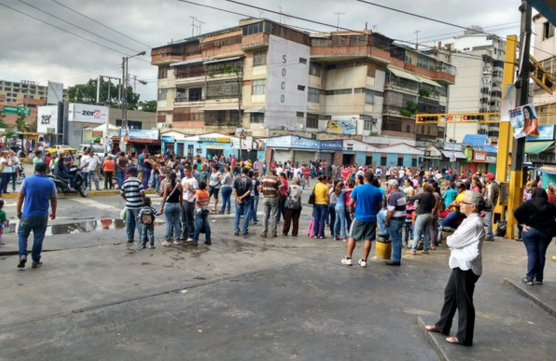 Grave denuncia: el régimen chavista deja sin comida a miles de venezolanos