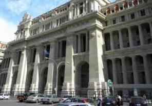 Justicia argentina decreta sobreseimiento de acusados en la causa 'Papel Prensa'