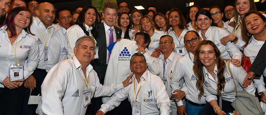 Santos pide a nuevos alcaldes y gobernadores priorizar proyectos de desarrollo nacional