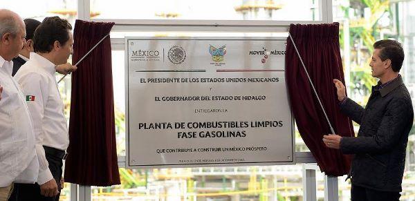 Peña Nieto anuncia inversiones verdes por 23 mil millones de dólares en Pemex