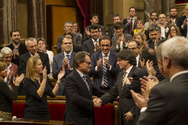 Otro antisistema gobernará en Cataluña: Carles Puigdemont