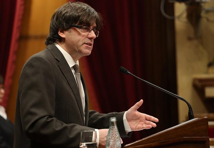 El presidente de Cataluña asegura que seguirán con el desafío soberanista