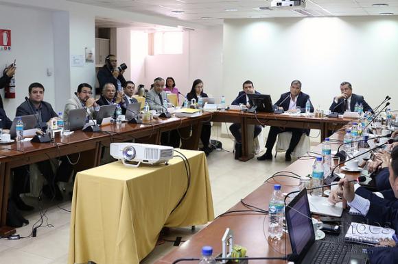Ecuador espera inversiones por 4 mil millones de dólares para infraestructura vial