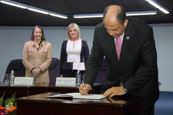 "Costa Rica presenta ""histórica"" reforma procesal civil"