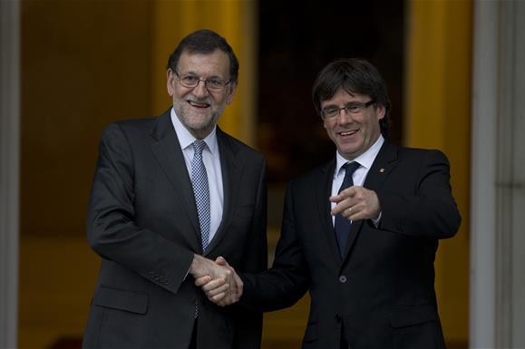 Mariano Rajoy le reitera a Carles Puigdemont que 'Cataluña es España'