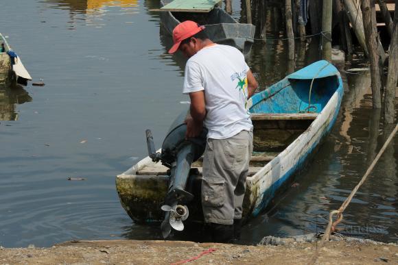 Ecuador decreta creación de cuenta específica para la reconstrucción de zonas afectadas por terremoto