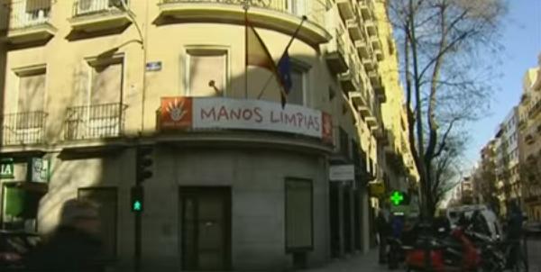 Juez envía a la cárcel a los titulares de Manos Limpias y Ausbanc por extorsión