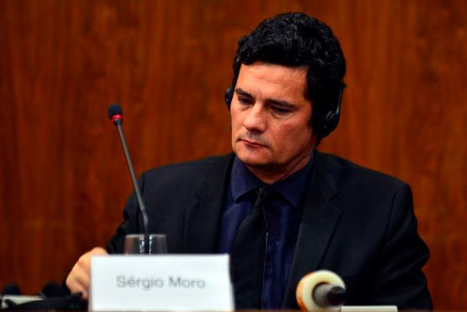 Brasil: Juez Moro dice que prisión no basta para combatir corrupción