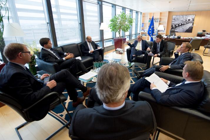 Bruselas exige al Reino Unido una salida rápida de la Unión Europea